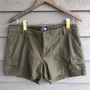 The North Face Cargo Shorts 10